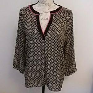 Ark & Co.  Cute blouse